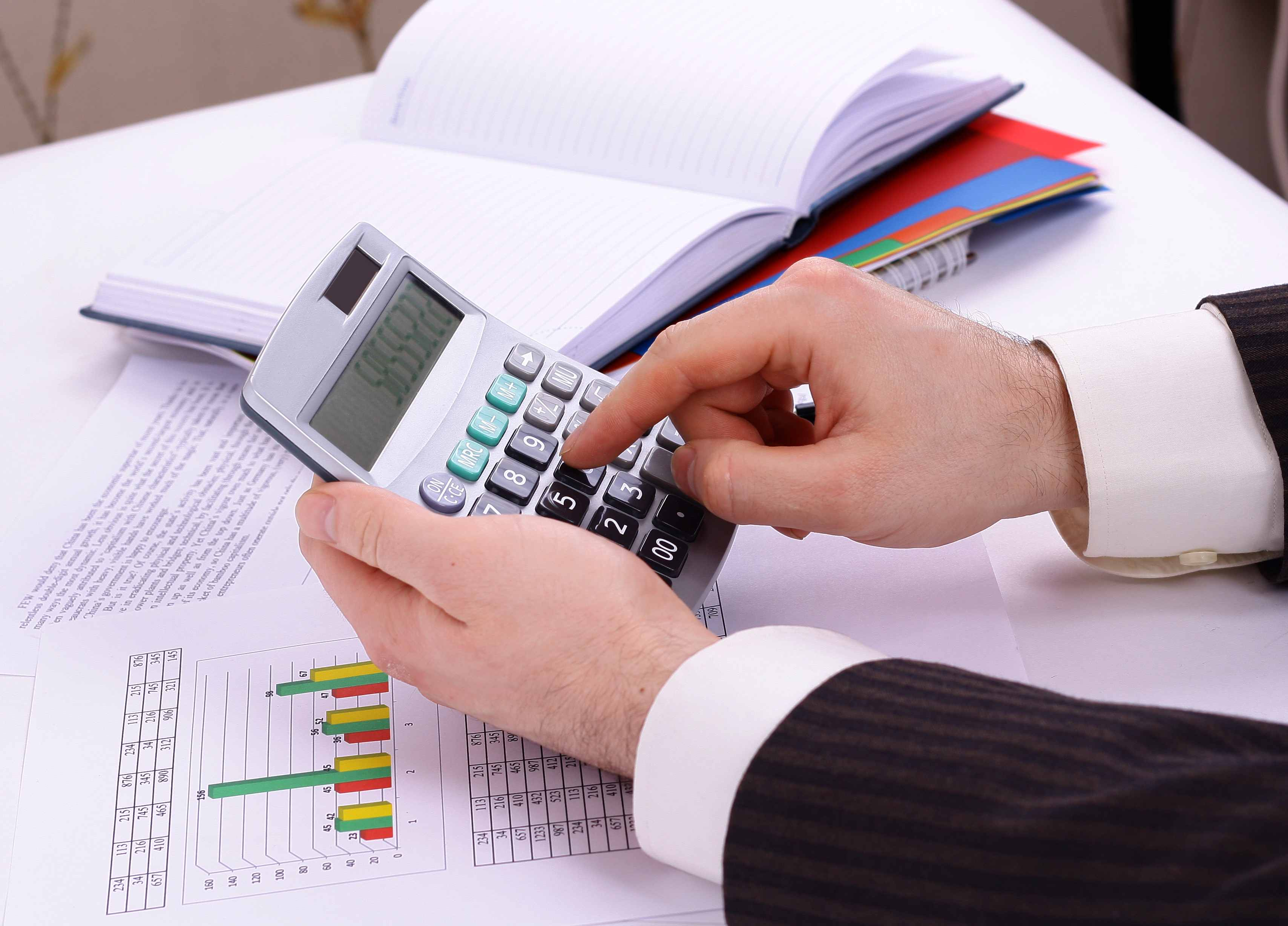 בסיס דיווח על בסיס מזומן לצרכי מס הכנסה ואלו פעולות ניתן לבצע לקראת סוף השנה