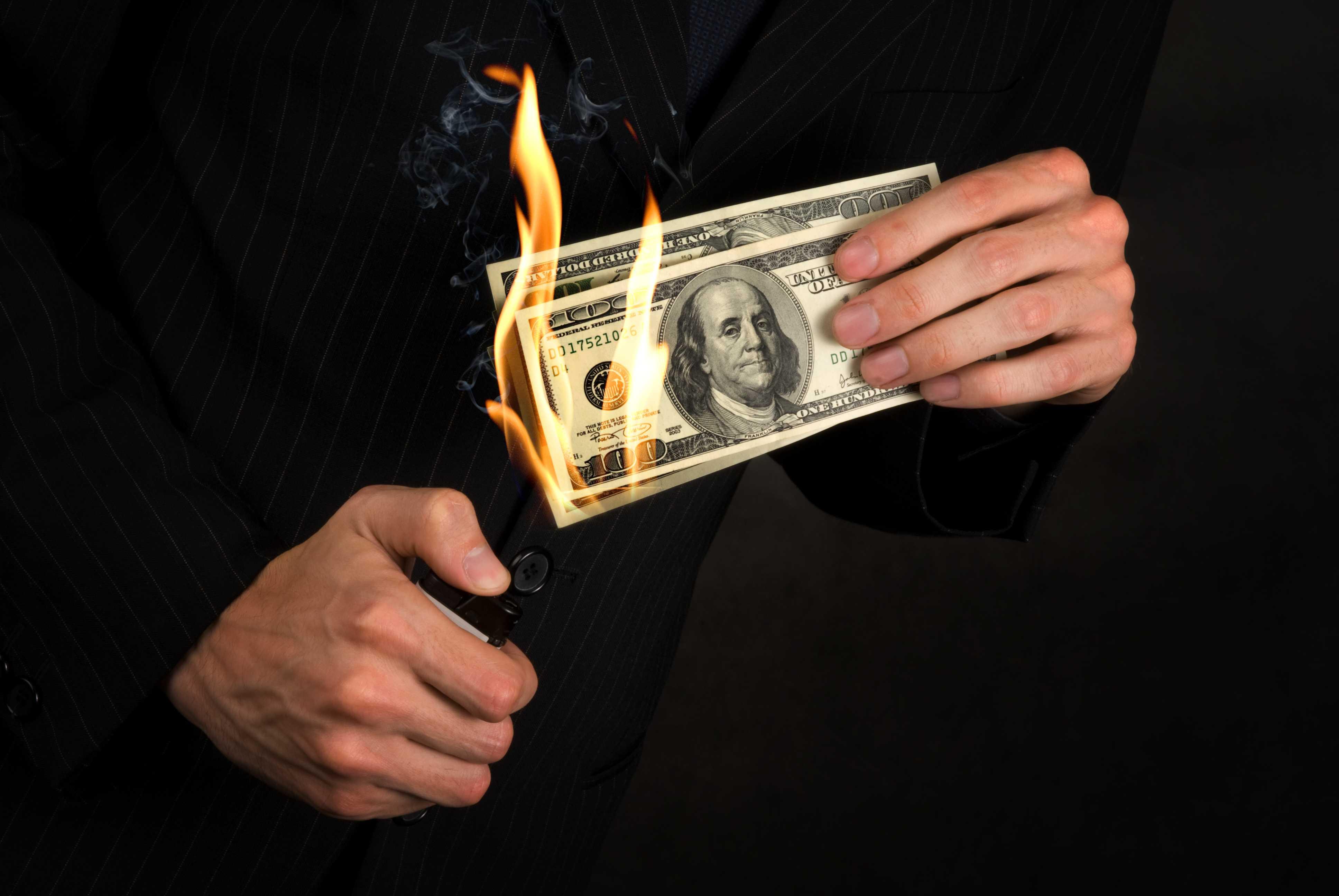 חובת ניכוי מס הכנסה במקור מתשלומים בעד שירותים או נכסים